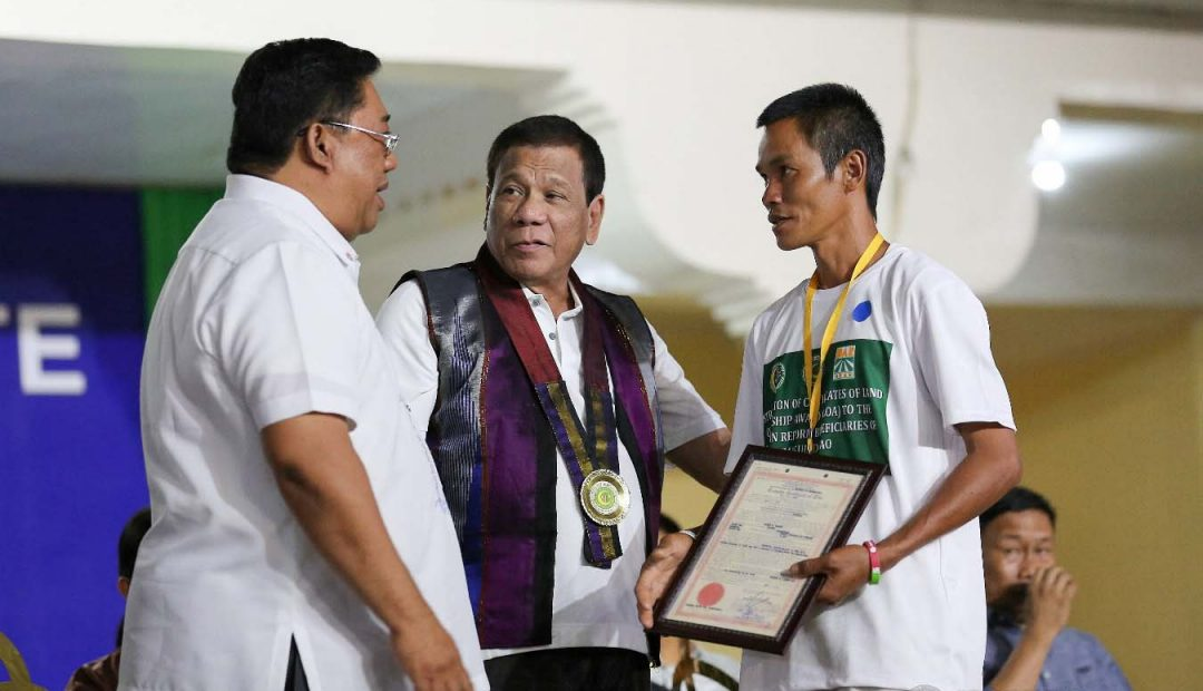 PRRD hands over 1700 hectares of farm land in Maguindanao